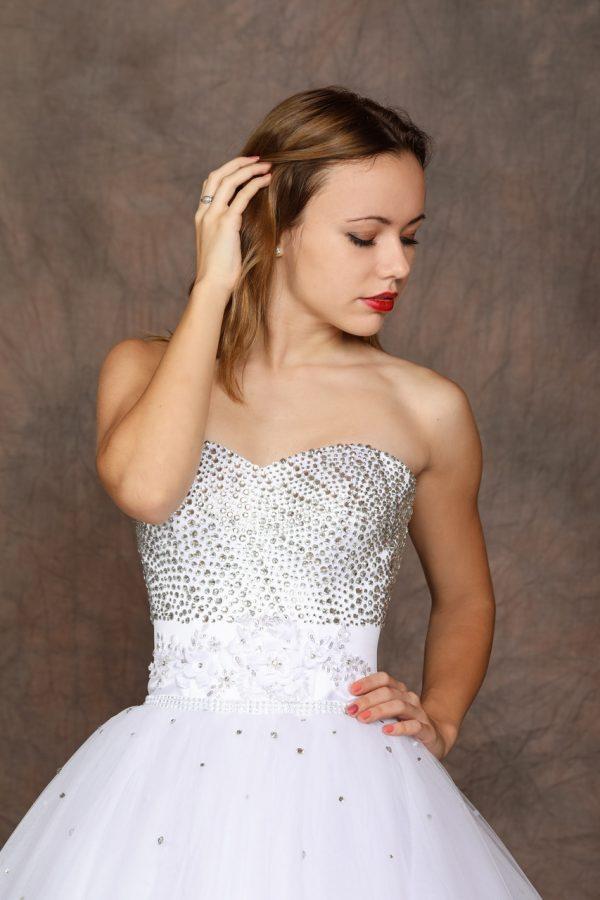 Menyasszonyi / szalagavató ruha – 1180