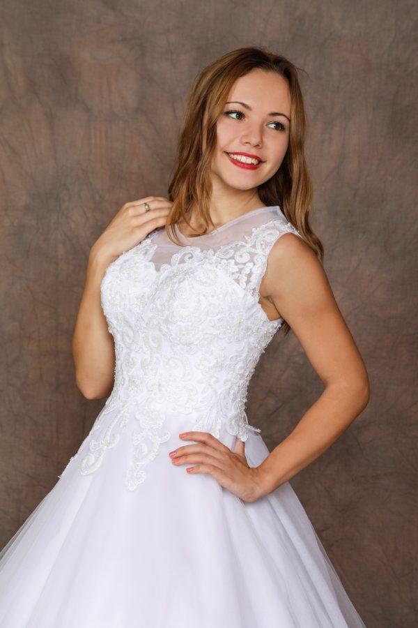 Menyasszonyi / szalagavató ruha – 1170